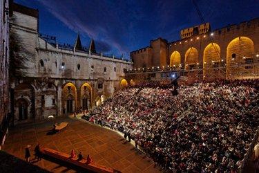 festival palazzo papi avignone