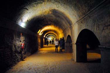 foro e portici di Arles