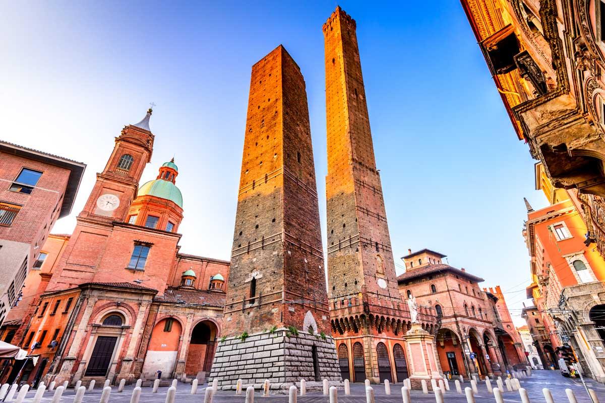Bologna: arrestato dopo aver aggredito la fidanzata