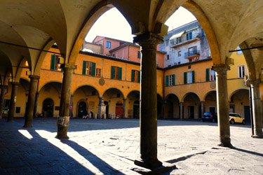 Borgo stretto e Borgo largo a Pisa