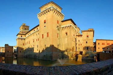 castello-estense-ferrara