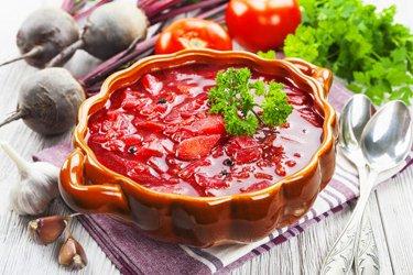 Cosa e dove mangiare a San Pietroburgo