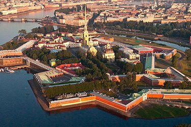 La Fortezza dei Santi Pietro e Paolo a San Pietroburgo