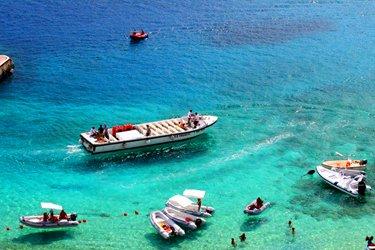 Il giro delle Isole Tremiti in Barca