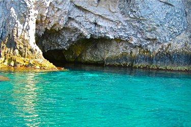 La Grotta del Bue Marino a San Domino, Isole Tremiti