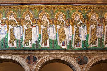 Basilica di Sant'Apollinare Nuovo a Ravenna