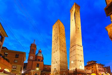 La Torre degli Asinelli a Bologna