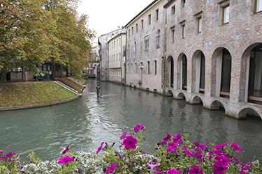 Isola della Pescheria e la Festa dei Buranelli a Treviso
