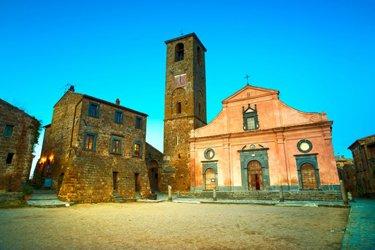 La Chiesa e la Piazza di San Donato a Civica di Bagnoregio
