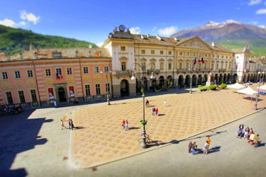 Piazza Chanoux ad Aosta