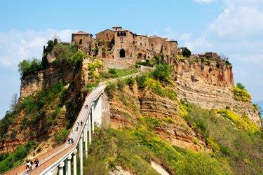 Il Ponte e la porta di Santa Maria a Civita di Bagnoregio