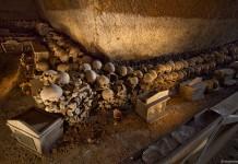 Il Cimitero delle Fontanelle a Napoli