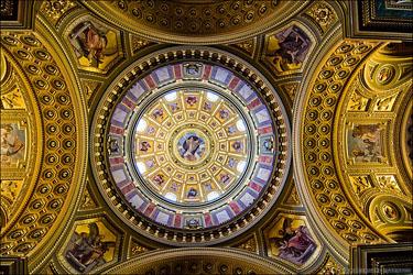 La cupola della Chiesa di Santo Stefano a Budapest