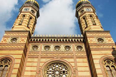La facciata della Grande Sinagoga di Budapest