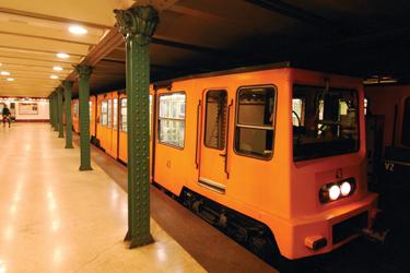 La metro più vecchia d'Europa