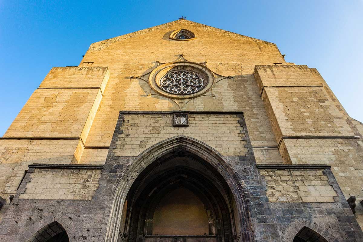 Facciata di Santa Chiara a Napoli