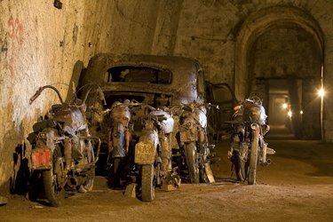 I veicoli antichi nella Galleria Borbonica di Napoli