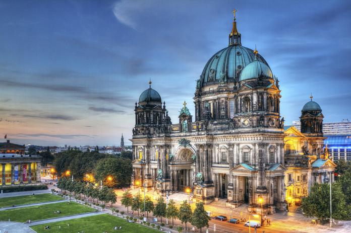 Berlino Il Duomo Di Berlino
