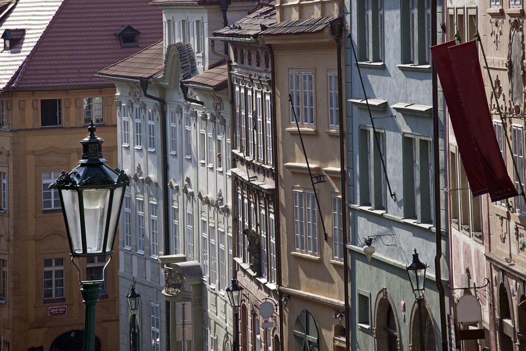 La Via Nerudova di Praga