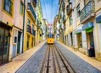 Il quartiere del Bairro Alto a Lisbona