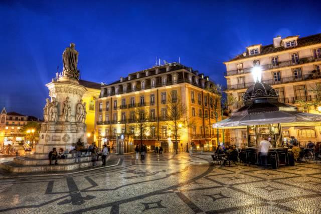 Piazza Camoes nel Chiado di Lisbona