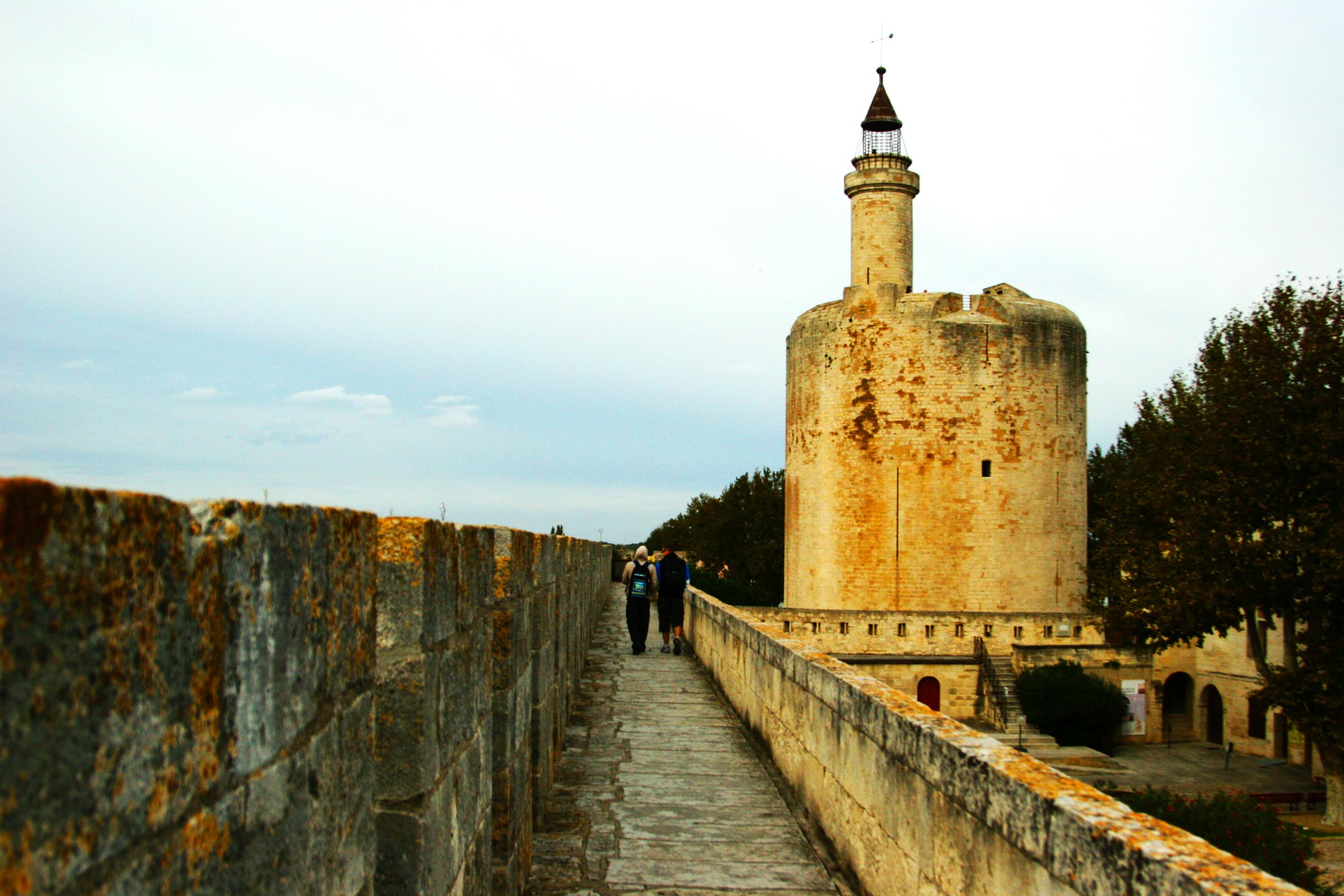 La Torre di Costanza e le mura di Aigues-Mortes