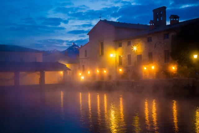 Bagno Vignoni di notte