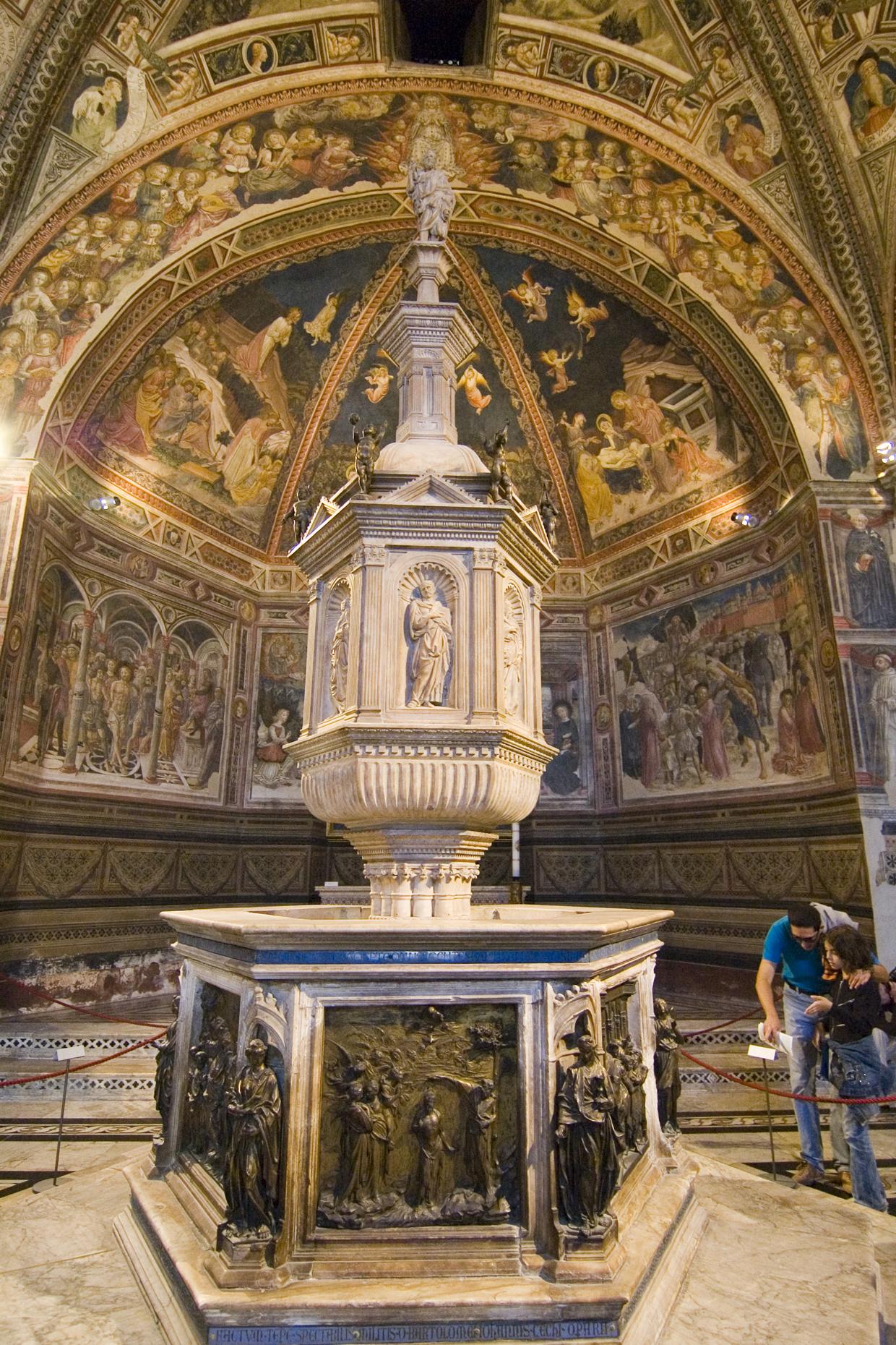 Il Fonte Battesimale del Battistero di Siena