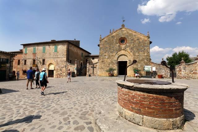 Il centro storico di Monteriggioni