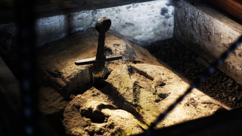 La spada nella roccia di San Galgano