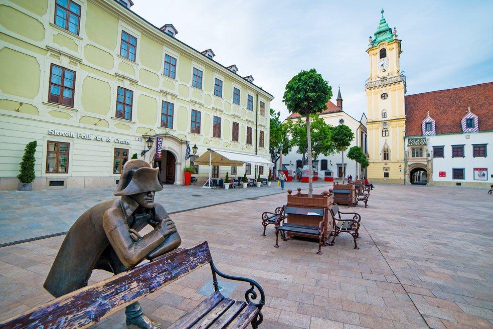 Statua del soldato napoleonico a Bratislava