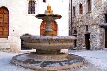 Il Palazzo del Bargello e la Fontana dei matti