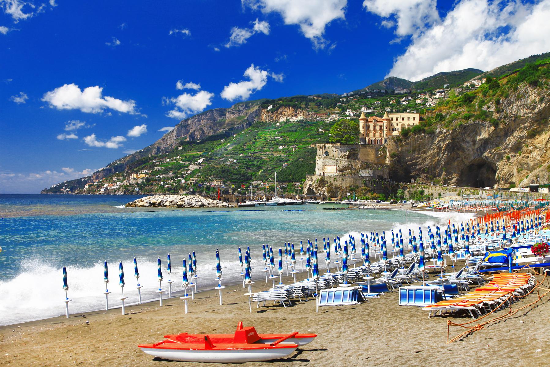Matrimonio Spiaggia Costiera Amalfitana : Maiori in costiera amalfitana