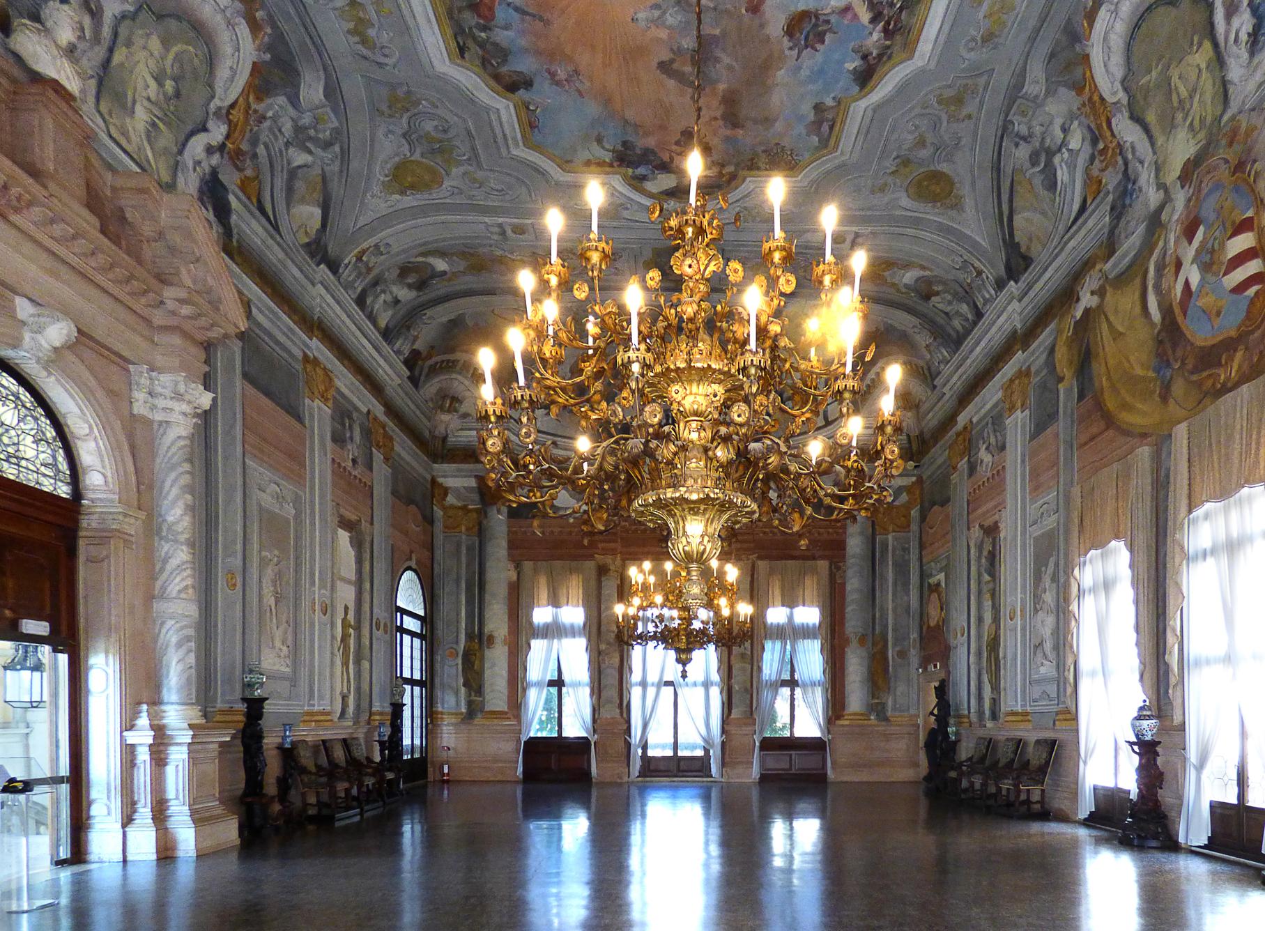 Ca 39 rezzonico a venezia orari biglietti e come arrivare for Planimetrie del palazzo con sala da ballo