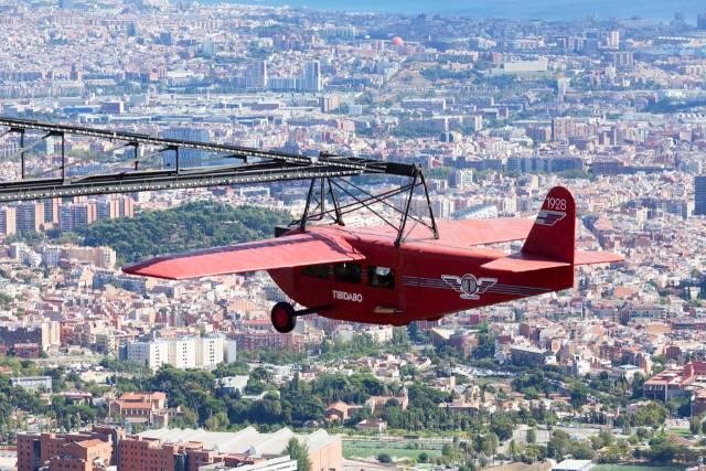 L'aereo rosso del Tibidabo