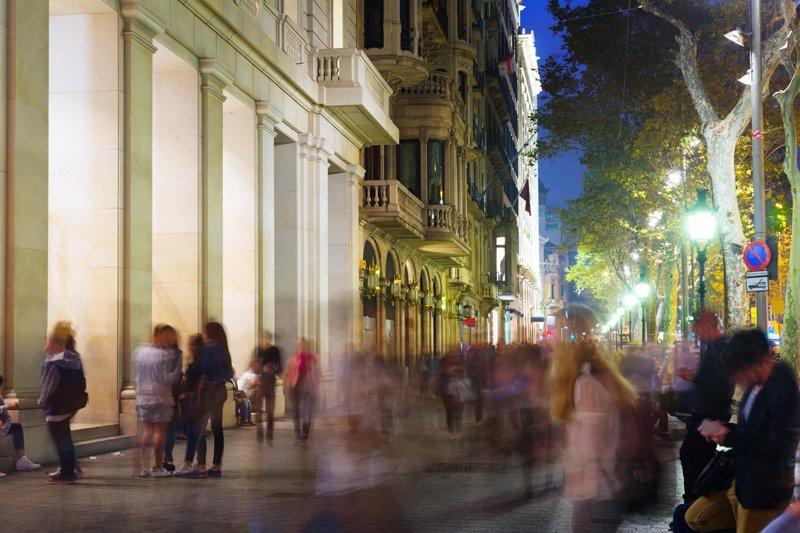 Il quartiere eixample a barcellona for Quartiere gracia barcellona
