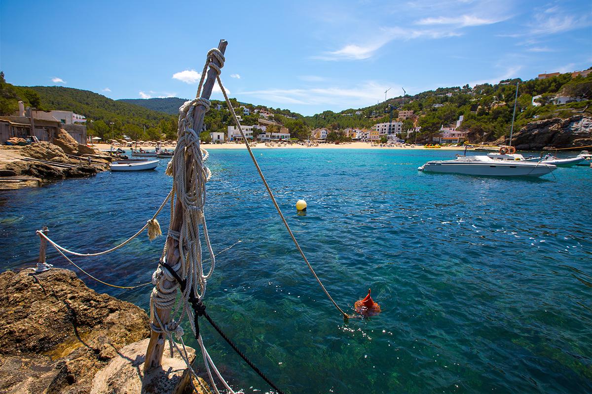 Cala Vedella a Ibiza