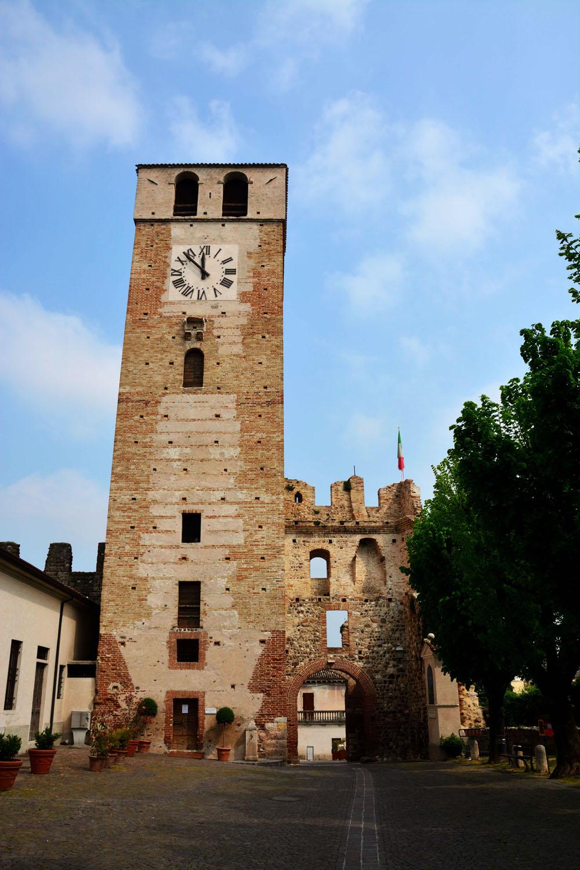 La torre di Castellaro Lagsello