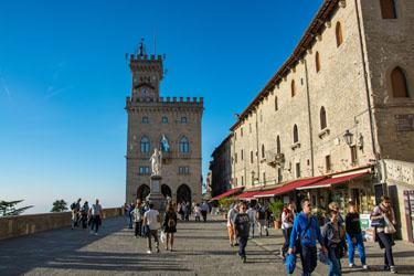 Piazza della Libertà e Palazzo Comunale di San Marino