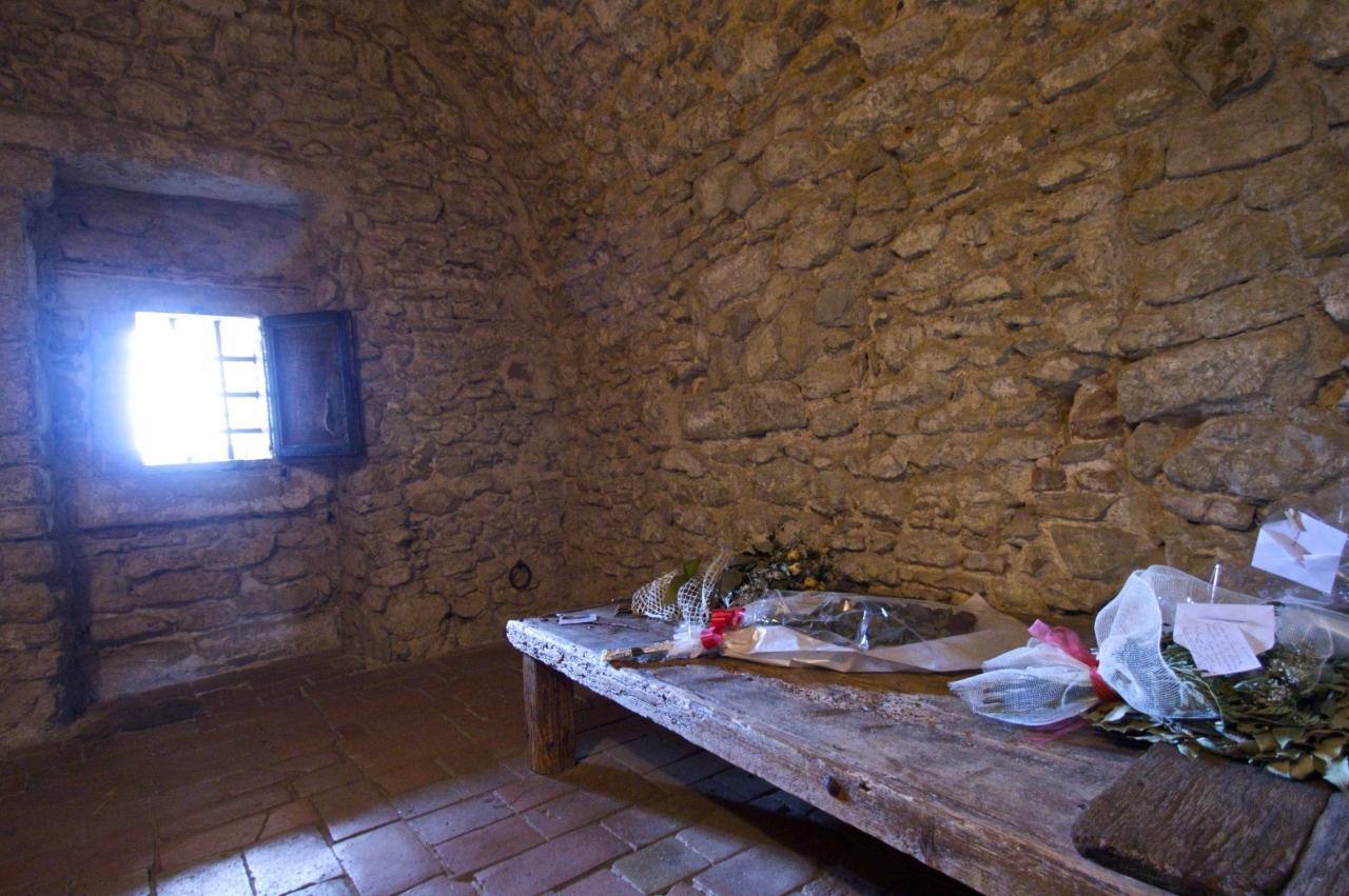 La stanza di Cagliostro nella Fortezza.