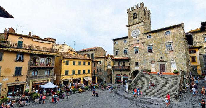 Il borgo di Cortona in Toscana