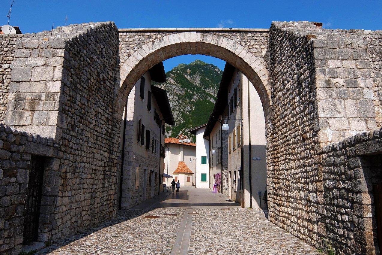 Il centro storico di Venzone