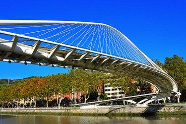 Zubi Zuri, il ponte di Calatrava a Bilbao