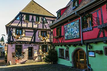 Il borgo di Riquewihr in Alsazia
