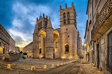 La cattedrale di Saint-Pierre a Montpellier