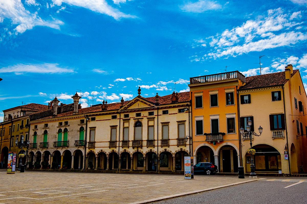 Piazza Vittorio Emanuele a Montagnana