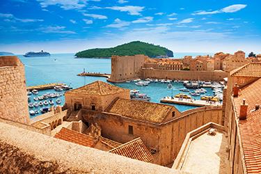La Fortezza di San Giovanni e le mura