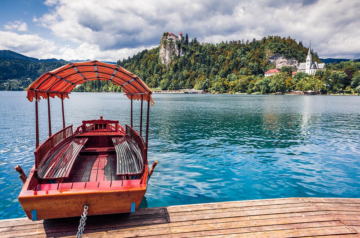 Barche sul lago di Bled