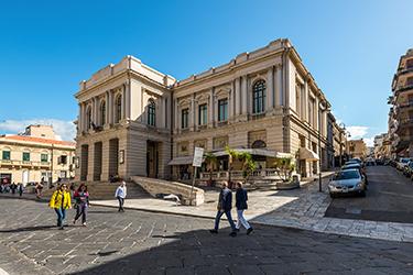 Il Teatro Cilea e la Pinacoteca civica di Reggio Calabria
