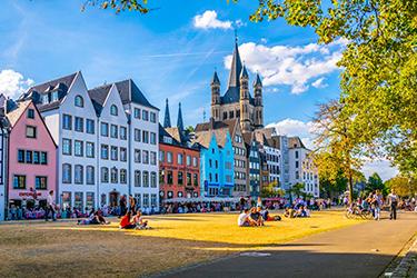 La chiesa di San Martino a Colonia